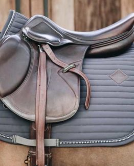 Schabrak Kentucky Horsewear Saddle Pad Pearls Show Jumping   Grå